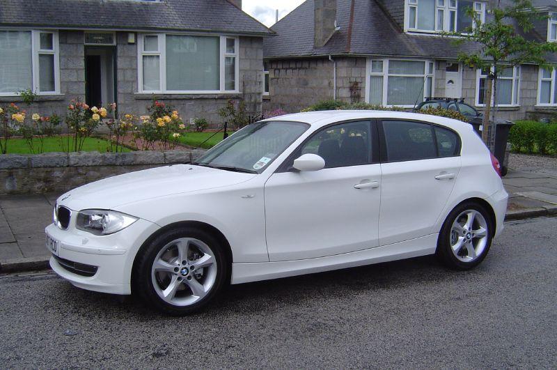 Bmw 120ia. 2007 BMW 120d 5-door.