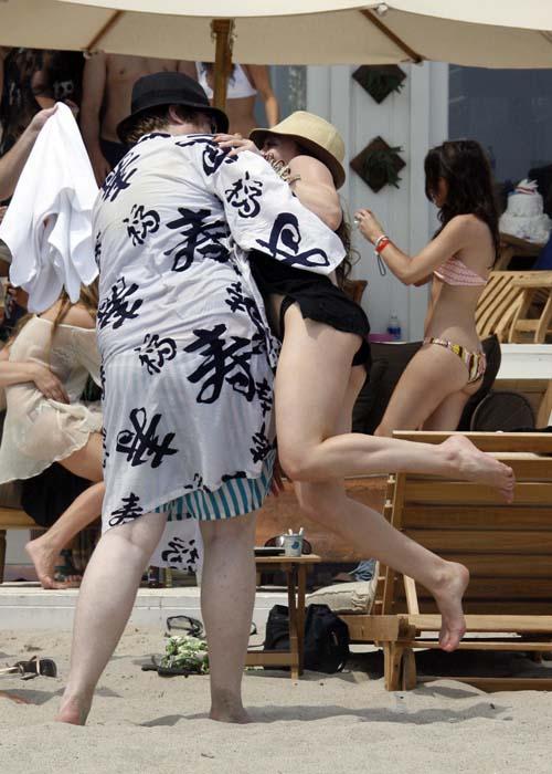 hilary-duff-black-bikini-22