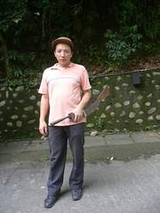 Watan Kahat (Yugan Dali) Tags: knife taiwan aborigine wulai headhunting tayal laraw 番刀