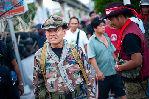 Rogue Thai military general and red shirt military advisor, Seh Daeng, moments before he was shot