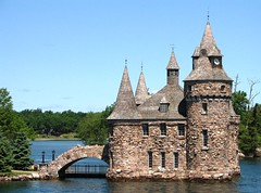 Boldt Castle,  Thousand Islands (Snuffy) Tags: usa newyork ontario canada thousandislands nationalparks breathtaking oldcity boldtcastle wonderworld straightfromcamera neverbeenthere worldbest isawyoufirst