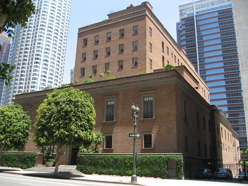California Club Building