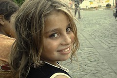 Gller Aar Gnlmde (* ismail *) Tags: street wild portrait girl smile eyes child trkiye turkiye poor istanbul explore turquie trkei hazel portre ocuk kz turkki ortakoy naturel ortaky tebessm  abigfave ocuu