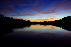 An August sunset (Julien Raoul) Tags: sunset france water canon 350d soleil eau bretagne august l usm 1740 aout britany finistere naturesfinest blueribbonwinner riecsurbelon riec 123sky colorphotoaward bestthebest penardbed thebestwaterscapes