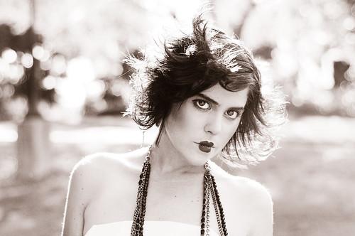 フリー写真素材, 人物, 女性, ファッション, モノクロ写真, フランス人,