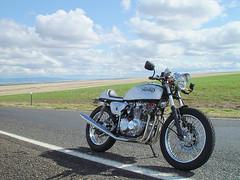 75 CB550 Cafe (Doug Goodenough) Tags: cb550 honda motorcycle restoration cafe racer caferacer engine douggoodenough drg531 07 2007 drg53107