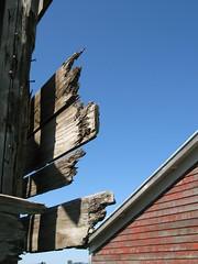 Dysfuntional (sudergal) Tags: wood sky broken boards decay farm dysfunctional colorphotoaward