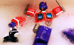 Rubber ducky, you're the one... (revlimit) Tags: toys prime bath sink bubbles explore transformers pirate ducky optimus nikkor ais manuallens exploretop10 explore8 revoltech nikond40 nikkor55mm28micro 55mm28macro plastic52