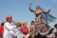 001kalbelia dance of rajasthan india (ashok monaliesa) Tags: woman india colors indian joy festivals dancer happyness dances rajasthani indianwomen indianwoman rajasthanidance tredtion kalbeliadance