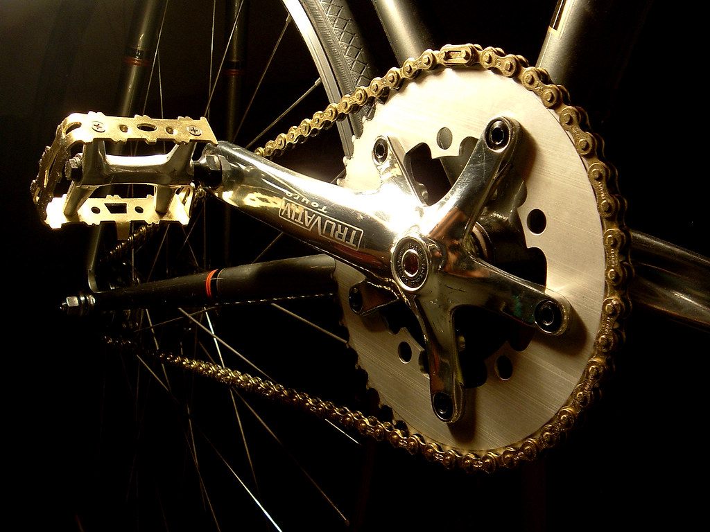 The Worlds Best Photos Of Chain And Izumi Flickr Hive Mind Single Speed Gold Drivetrain Fade Out 019 Pandadestroysrobot Tags Track Gear Fixed 18 Cog