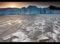 Warm Ice - Fjallsrln, Iceland (orvaratli) Tags: blue winter mountain lake ice landscape frozen iceland lagoon glacier iceberg jkulsrln icelandic skaftafell hvannadalshnjkur rfajkull arcticphoto rvaratli orvaratli breiarmerkusandur