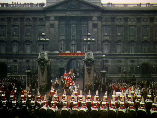 royalwedding_parade2