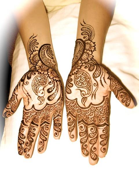 رسومات حنة جديدة لعروسة سيدات مصر - نقوش حناء 2012 - رسم حنة 2012 1078745235_ab21f7fa9