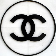Chanel (mag3737) Tags: logo cc coco squaredcircle squircle chanel