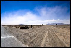 Muchos infiernos, diversos, vi ( y sin embargo yo aqu paseo) (zaqi) Tags: trip travel cloud lake holiday argentina pavement salt gravel harsh salta noa jujuy ruta40 salinasgrandes zaqi szaqii