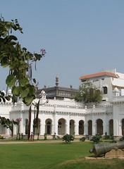IMG 0351 e (Eric.Parker) Tags: india arch bangalore 2006 palace cannon hyderabad nizam