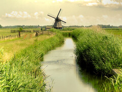 Dutch 17th century polder windmill (B℮n) Tags: holland topf25 windmill topf50 topf75 searchthebest thenetherlands topf300 alkmaar topf100 500faves topf250 topf200 noordholland dutchlandscape windmolen watermolen topf400 topf500 poldermill supershot 200faves abigfave 300faves 123nederland colorphotoaward aplusphoto ibeauty holidaysvancanzeurlaub 400faves superbmasterpiece travelerphotos wowiekazowie ishflickr covetingphotography 8kantegrondzeilerbinnenkruier hoeverweg35 eigenaarmolenstichtingalkmaar daarbijdiemolen whypeoplelovewindmillssomuch exploreheaven wimmenumermolenteegmondaandenhoef 50earthmarvels