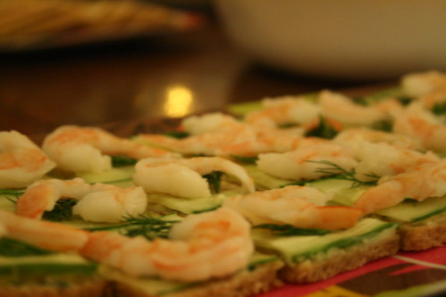 shrimp canapé