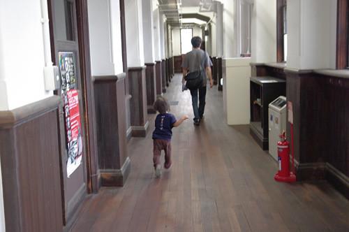 廊下を走ってはいけません