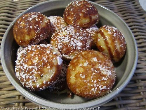 Æbleskiver - Apfelkrapfen  - Apple Dumplings