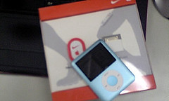 new iPod nano & Nike Sports Kit