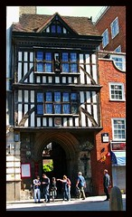 (50) London - gate lodge / St Bartholmew's (unicorn 81) Tags: uk greatbritain england house color building london architecture town colorful europe unitedkingdom britain fenster haus stadt gb architektur british altstadt oldtown smithfield fentre gebude halftimbered fachwerk timbered colombages ukmap fachwerkhaus halftimber mapunitedkingdom halftimberedhouse timberedhouse fachwerkbau architekturgrosbritannien grosbritannien architecturebritain architekturgrossbritannien