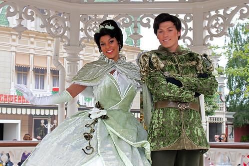 Meeting Princess Tiana and Prince Naveen