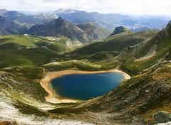 Lago Ausente (lugarzen) Tags: autostitch panorama espaa naturaleza lake nature landscape lago spain paisaje leon picosdeeuropa lagoausente