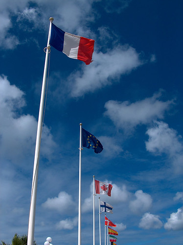 4s-Marigot Flags