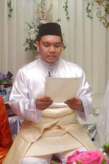Pernikahan Hanim & Faizal #075 (Roslan Tangah (aka Rasso)) Tags: wedding hijab culture modesty cinta kabul melayu malay seni sanding kahwin perkahwinan budaya faizal nikah akad walimah pernikahan hanim skudai ijab persandingan kahwingraphy