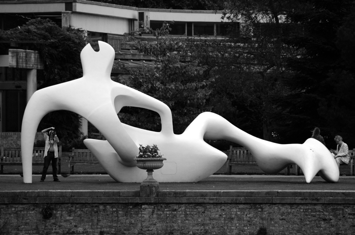 Henry Moore :: Click for previous photo
