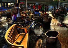 La Huerta, Paranaque (Bosso Baron) Tags: people wet bike reflections lights chair market philippines basin baskets streetscenes paranaque lahuerta joelyonzon