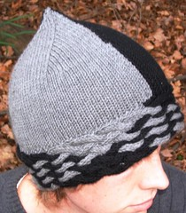 Escheresque hat