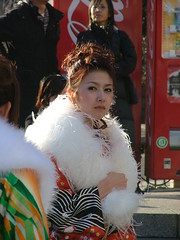 DSCF0167.jpg (DinyarG) Tags: girls japan tokyo women day young age kimono coming kimonos youngwomen younggirls comingofageday younggirlsinkimonos youngwomeninkimonos womeninkimonos