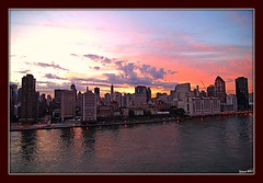 Sunset on the Upper East Side of Manhattan from Roosevelt Island. (yilenes) Tags: new york city sunset river island roosevelt east nighttime eastriver eastside uppereastside enes yil yilenes