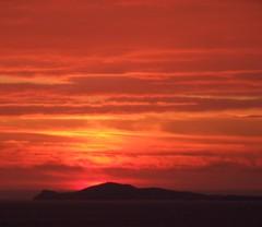 sunset over inishbofin (kliffklegg) Tags: ireland shadow irish galway silhouette eire connemara irlanda kliffklegg