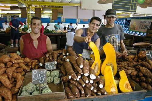 da boys at the market