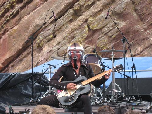 Bob Log III, Monolith 2007