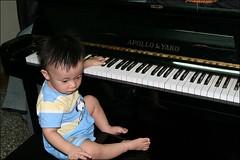 彥彈鋼琴07