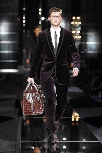 Vladimir Ivanov3008_FW09_Dolce & Gabbana(Official)