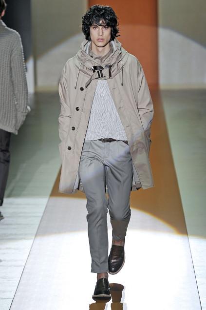 Gerrit Kramer3017_SS11_Milan_Gucci(first VIEW)