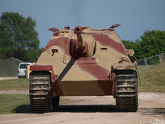 Jagdpanther - SDKFZ Foundation (Megashorts) Tags: uk ed outside army war tank military olympus arena destroyer german armor dorset ww2 vehicle e3 guest fighting armour 50200mm armored zuiko axis tankmuseum swd panzer 2010 173 bovington tracked armoured jagdpanther zd sdkfz bovingtontankmuseum zuikodigital tankdestroyer tankfest sdkfz173 bovingtonmuseum tankfest2010 sdkfzfoundation