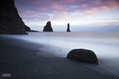 Reynisdrangar at sunset. (Jokull) Tags: ocean longexposure blue sunset sea sky white mountain black water clouds canon dark island photography photo iceland sand rocks filter photograph sland 2010 icelandic klettar reynisdrangar southiceland reynisfjall slsetur 51seconds traveltoiceland bw10stop plljkull palljokull hlsanef gettyimagesicelandq1 gettyimagesicelandq2 ginordic1 landscapephotographyiceland cometoiceland