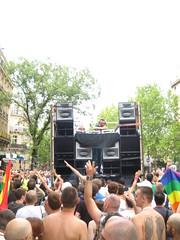 bains-douche@gay pride
