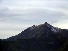 La Campana nevada (Jorgelixious) Tags: landscape fuji hill cerro finepix lacampana olmue s5600
