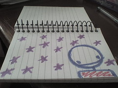 Pendejiando en viernes (Salidaenfalso) Tags: colors stars paint handmade draw crayons crayolas monitos