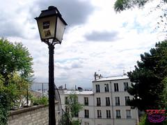 Streetlamps - Paris France Li20080613 104 (fotoproze) Tags: paris france lamp frankreich europa europe streetlamps frankrijk 2008 francia parijs  parigi  posten     lampadaires      lafrancia      postesdelalmpara  lampenpfosten  alberinidellalampada  bornesdalmpada  lebuttemontmartre