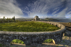 Vista House at Crown Point - HDR (David Gn Photography) Tags: sky sun mountain nature clouds oregon river landscape outdoors view state parks historic pdx crownpoint columbiagorge hdr vistahouse scenicviewpoint crgnsa columbiarivergorgenationalscenicarea platinumheartaward canoneos7d sigma1020mmf35exdchsm platinumpeaceaward