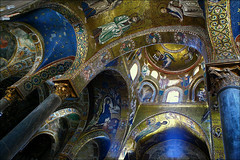 La Martorana, Palermo (RoryO'Bryen) Tags: blue light italy colour azul architecture canon ray churches mosaics chapel rory norman chiesa stunning sicily rays rayo palermo sicilia brilliance rayoflight capella mosaicos sicile azzuro mosaici lamartorana eos5d martorana normano 1143 obryen palermitana aplusphoto roryobryen copyrightroryobryen