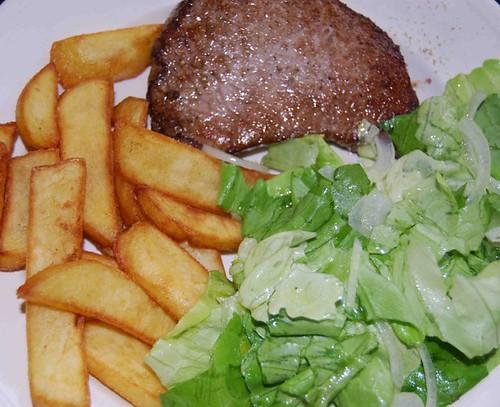 biefstukje met frietjes 004
